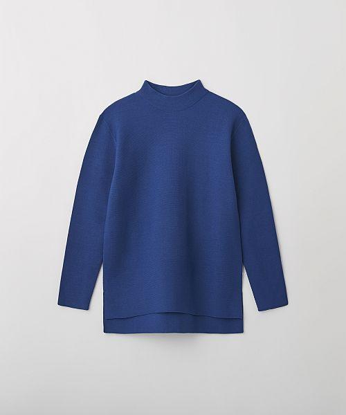GARTER LONG SLEEVE T ブルー ¥24,000(伊勢丹新宿店 メンズ館限定)