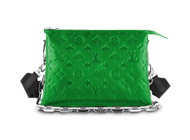 バッグ(W26×H20×D12cm)¥386,000(予定価格)/Louis Vuitton(ルイ・ヴィトン クライアントサービス 0120-00-1854)
