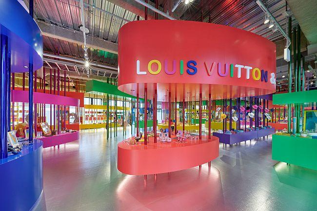 (C)LOUIS VUITTON