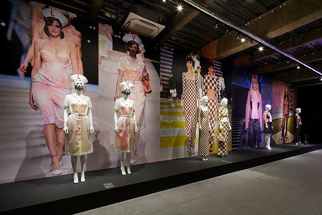 「アートとファッションの出逢い」の部屋