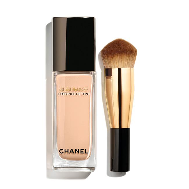 サブリマージュ レサンス ドゥ タン[40ml]¥17,500(全6色・ブラシ付き)/Chanel(シャネル) ©CHANEL