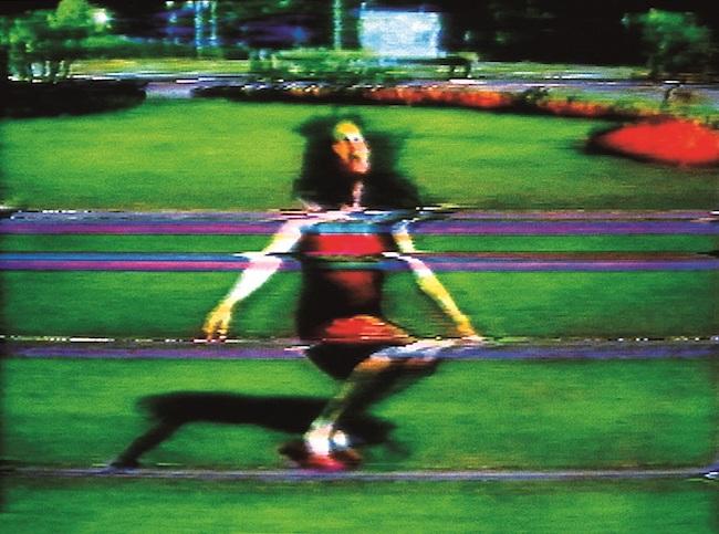 《(免罪)ピピロッティの過ち》(ヴィデオ・スチル 1988年 シングルチャンネル・ヴィデオ(11分18秒)© Pipilotti Rist, All images courtesy the artist, Hauser & Wirth and Luhring Augustine