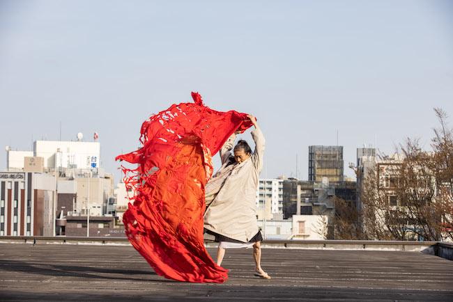 尾竹永子『福島を運ぶ』 撮影:Tatsuhiko Nakagawa