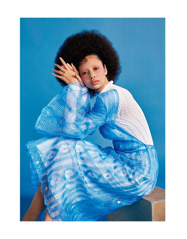 ドレス(インナードレス付き)¥608,000/Fendi(フェンディ ジャパン 03-3514-6187)