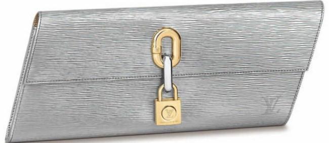 ブレードクラッチ ¥304,700/Louis Vuitton(ルイ・ヴィトン クライアントサービス 0120-00-1854)