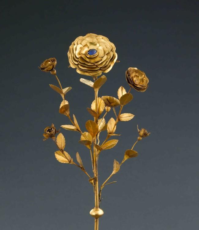 Rose d'or, v 1330: © Musée de Cluny, Paris © RMN-Grand Palais, Jean Gilles Berizzi