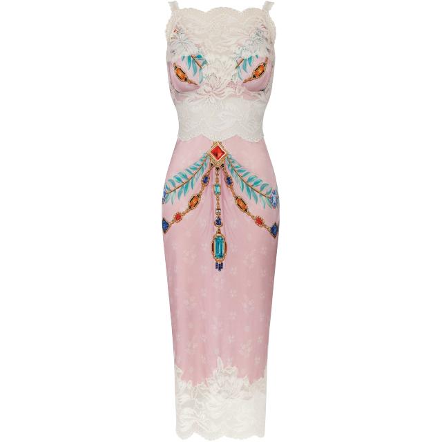 ドレス ¥231,000/Paco Rabanne(エドストローム オフィス 03-6427-5901)