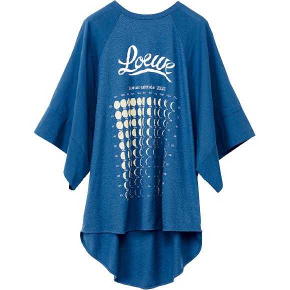 月の満ち欠けカレンダープリントTシャツ ¥55,000/Loewe(ロエベ ジャパン クライアントサービス 03-6215-6116)
