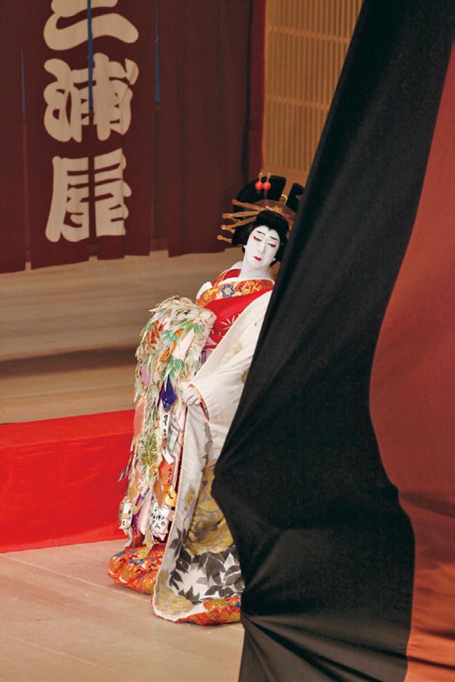 2. 旧歌舞伎座の建て替え公演にて坂東玉三郎を捉えた一枚。「THE LAST SHOW」2010年