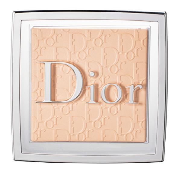 ディオール バックステージ フェイス&ボディ パウダー 0N ¥5,610/Dior(パルファン・クリスチャン・ディオール 03-3239-0618)