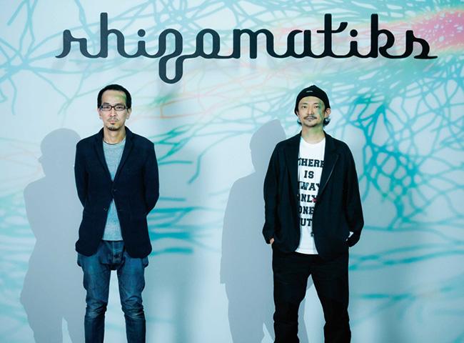 ライゾマティクス 真鍋大度(右)、石橋素(左) Photo:Shuichi Yamakawa