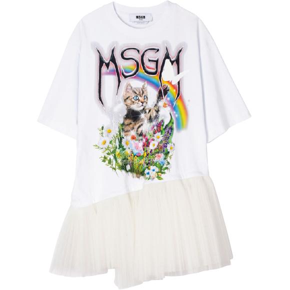 チュールをドッキングしたTシャツ ¥63,800/MSGM(アオイ 03-3239-0341)