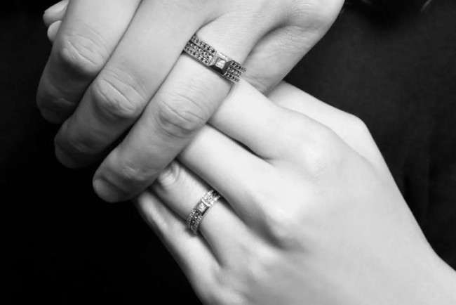 BRIDAL コレクション オーダーメイドWEDDING RING(ADEVE)