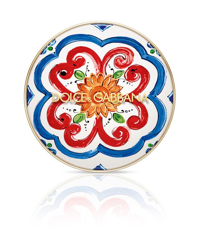 ドルチェ&ガッバーナ ソーラーグロウ ヘルシーグロウ クッションファンデーション全4色(レフィル)SPF50・PA+++ ¥5,500(税込)