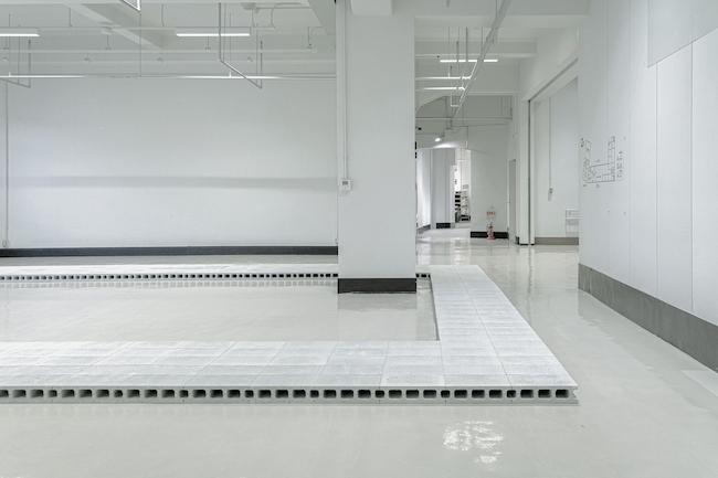 中村竜治『FormSWISS神戸展空間設計』2021年 撮影:Takato Miyoshi