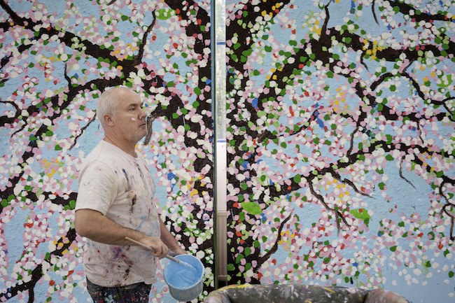 Damien Hirst in studio, 2019 ©Damien Hirst and science Ltd. All rights reserved, DACS 2021