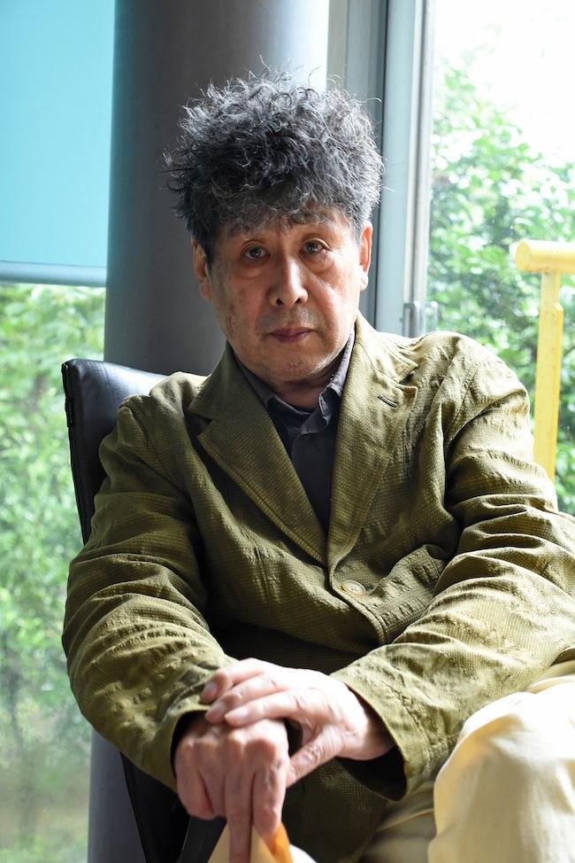 横尾忠則近影(角南範子撮影 2020年)
