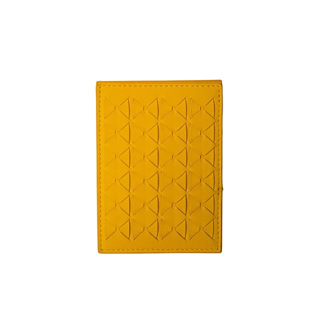 カードケース(L11cmxW0.5cmxH7.5cm)¥33,000/Serapian(セラピアン 阪急うめだ本店 06-6313-7536)