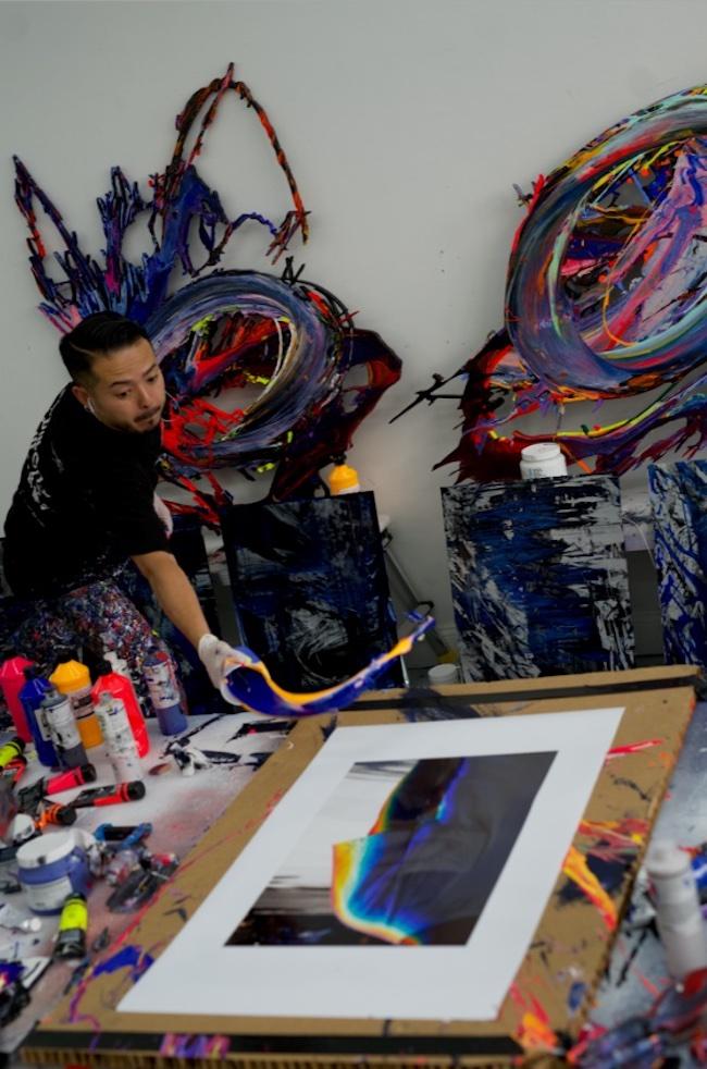 伊丹豪とのコラボレーション作品制作風景 ©2021 MEGURU YAMAGUCHI, HIROYUKI SEO, GOLD WOOD ART WORKS