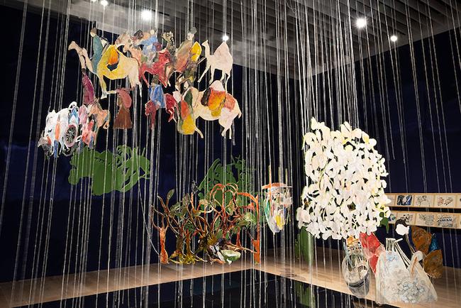 アンナ・ボギギアン《シルクロード》2021年 展示風景:「アナザーエナジー展:挑戦しつづける力―世界の女性アーティスト16人」森美術館(東 京)2021年 撮影:古川裕也 画像提供:森美術館