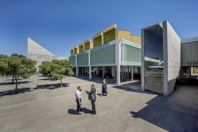 『オーストラリア・イスラミックセンター』2016年 オーストラリア・メルボルン Photo: Anthony Browell