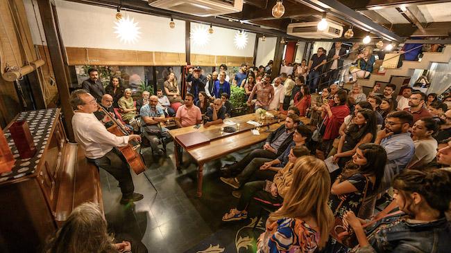 「バッハプロジェクト」 インド・ムンバイにて 2019年 ©️ Austin Mann