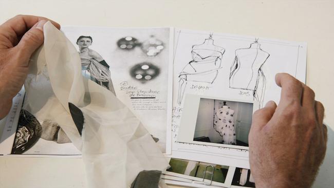 マルジェラによるデザイン画と布見本